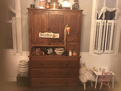 antique buffet hutch cabinet 750 00 picclick rh picclick com vintage buffet cabinets antique buffet hutch belleville