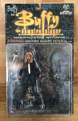 BUFFY THE VAMPIRE SLAYER Buffy Figure MOC Moore Action Collectibles 2000