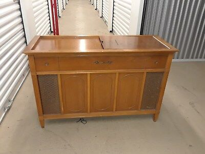Vintage Magnavox Stereo Record Player Cabinet