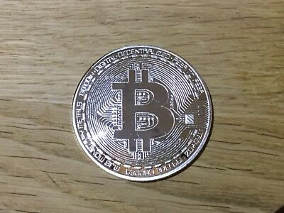 Physical SILVER PLATED BITCOIN Collectors Coin Golf Ball MARKER Poker Chip BTC
