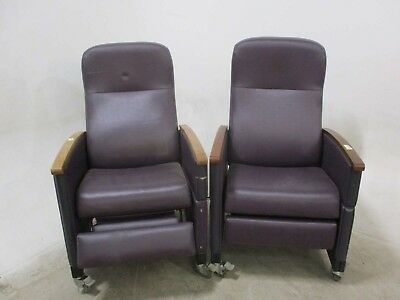 Lot of 2 Hill-rom Metropolitan 3-Position Medical Recliners for Patient Comfort