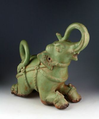 *SC* SUKHOTHAI /SAWANKHALOK GREEN GLAZED POTTERY ELEPHANT, 15th-16th cent AD