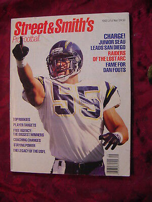 STREET & SMITH's NFL Pro Football Official YEARBOOK 1993 Junior Seau Steve Young