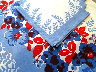 vintage PRINTED TABLECLOTH RETRO red white blue +4 napkins UNUSED cotton BRUNCH