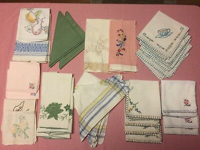 Lot of 32 Vintage Cloth Napkins Some embroidered