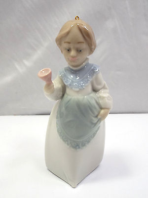 Lladro Ornament Figurine #5939 Mrs. Claus, with box