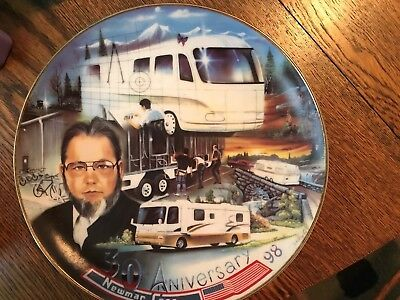 Newmar Collectible 30 Year Plate Honoring Mahlon Miller 1968-1998 Newmar Kountry
