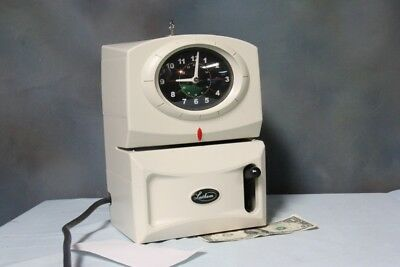 VINTAGE LATHAM WORKING TIME CLOCK CARDSTAMP/PUNCH/RECORDER WITH KEY 1221 White