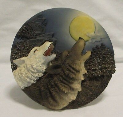 Suanti 3D Decorative Wolves Plate