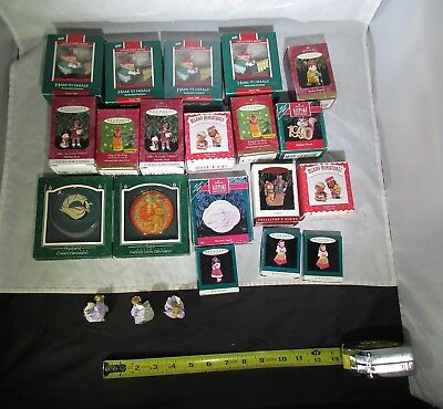 LARGE LOT OF 19 HALLMARK CHRISTMAS ORNAMENTS 1989-2005 MOST ARE NEW w/ O. BOXES