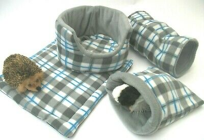 **cozy Pets** Fleece **3 Piece Set ** Snuggle Pouch** Guinea Pig Bed** Tunnel***
