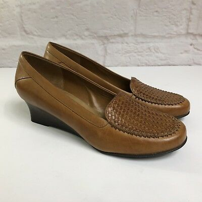 63bee9bd6fd Women s NATURALIZER Shoes 8M Brown Slip on Loafers Dress Wedge Heels Leather