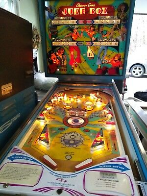 Chicago Coin Jukebox Pinball Machine very nice shape