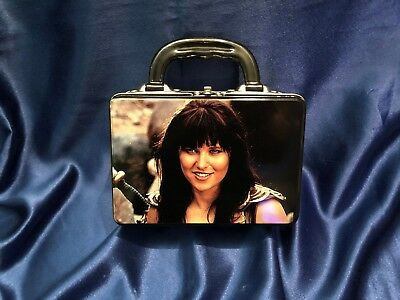RARE OFFICIAL Xena (Lucy Lawless) Vintage Metal Lunch Box