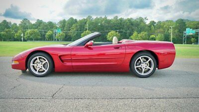 2002 Chevrolet Corvette 2dr Convertible CORVETTE CONVERTIBLE /  2  OWNER / LIKE NEW / ONLY 29K MILES / PRISTINE / WOW