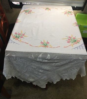 Vintage Hand Embroidered Tablecloth-BEAUTIFUL FLORAL'S WITH WIDE LACE EDGING