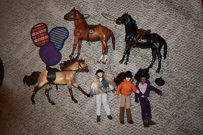 Rare Breyer horses and dolls from the Saddle Club includes tack and helmets