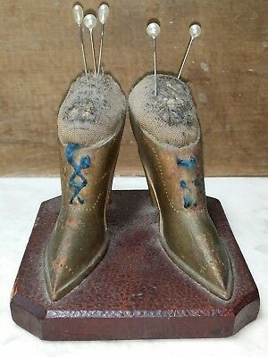 Antique Folk Art American Wood Carved Victorian Ladies Shoes Pin cushion/Sewing