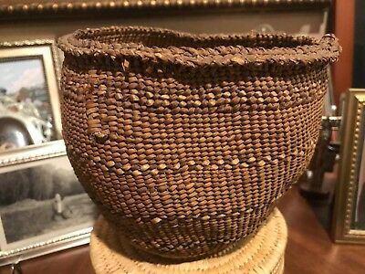 Fine Old Large Chehalis Quinault Twined Cattail Basket With Bear Grass Overlay