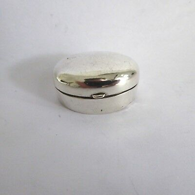 Antique Silver Hm 1902  Oval Shape Snuff Or  Pill Box  Box Made By  Levi Salaman