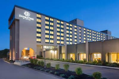 Hilton Doubletree Boston MA & Water Park 1 Night Hotel Room Stay $250 Value