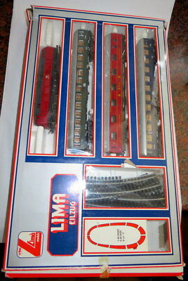 Lima trainset with DB locomotive BR 160 + DB coaches