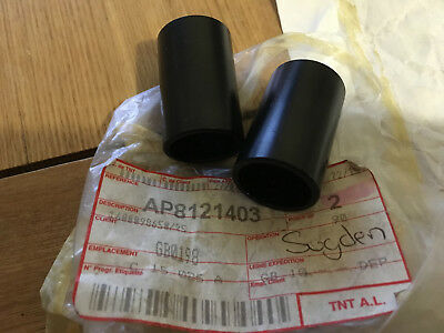 Aprilia Mojito 125 150 Rear Footrest Connecting Spacer Ap8121403 X 2