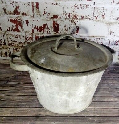 Antique Old Vintage Galvanised Bucket With Lid Mop Washing Clothes Planter