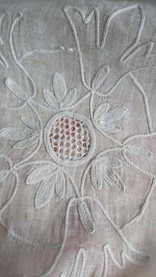 DELICIEUX ANTIQUE FRENCH TIMEWORN CORNEILLE LACE CHATEAU CURTAIN PANEL c1880