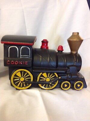 RARE VINTAGE Black 1960s MCCOY TRAIN ENGINE COOKIE JAR STEAM LOCOMOTIVE