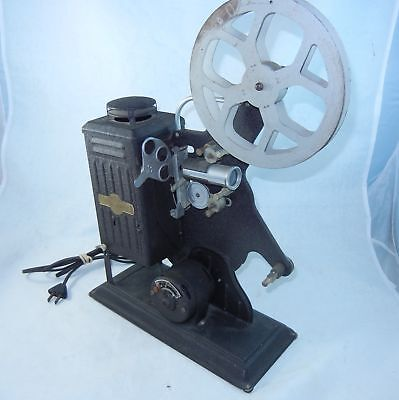 Keystone 16mm Projector Moviegraph E853 in Original Box Working