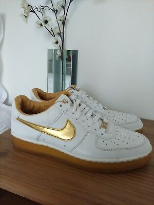 'downtown' Sole Uk7 Mens Nike TrainersSize Whiteamp; Rubber 1 Airforce Gold Gum v0ymnO8wN