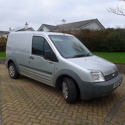 FORD TRANSIT CONNECT T200 110ps LX 1 Former Keeper 12 months MOT