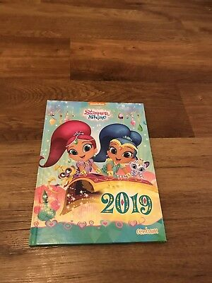 shimmer and shine 2019 Annual Book - Great Condition, Good As New.