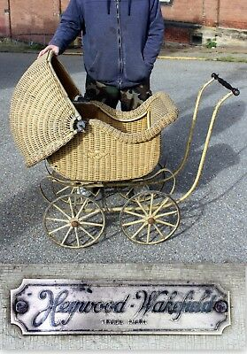 ANTIQUE 1900's HEYWOOD WAKEFIELD LARGE WICKER BABY STROLLER CARRIAGE BUGGY