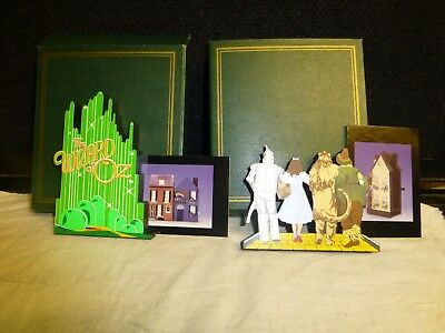 Sheila's handpainted wood wizard of oz pieces (2) w/ trading cards