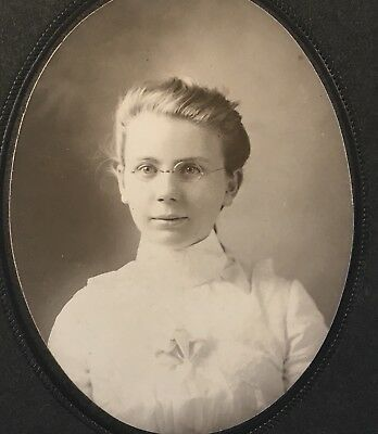 1900's Pretty Young Lady School Girl Eyeglasses CABINET CARD PHOTO Covington OH