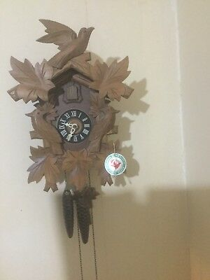 Vintage Large Carved Black Forest Cuckoo Clock Weight Driven Bellows Birds