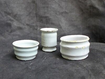3 Nice Antique Delft white ointment pots, 17th. century Dutch Delftware