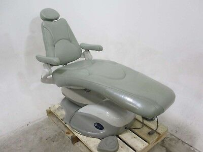 Pelton & Crane SP30 Dental Furniture Chair for Operatory Patient Exams