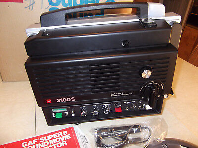 GAF 3100S Super 8 Sound Movie Projector MINT!
