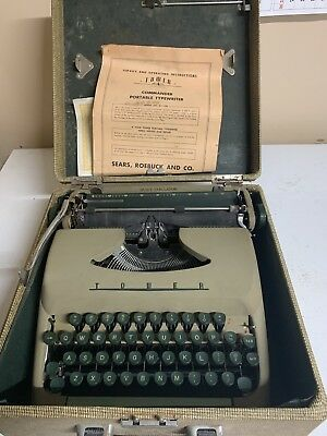 Antique 1958 Sears Tower Commander Portable Typewriter Model No. 871.700