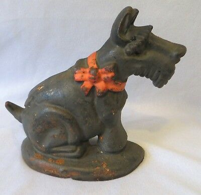 Antique Vintage CAST IRON FIGURAL SCOTTISH TERRIER DOORSTOP RED RIBBON