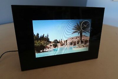 Sony DPF-D82 8-Inch LCD WVGA 15:9 Diagonal Digital Photo Frame