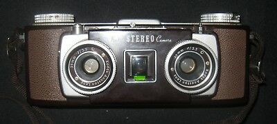1950's Kodak Stereo Camera w/Strap & Leather Case Excellent Condition