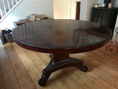 Regency - Beautiful Mahogany Veneer finished Round Antique Dining / Games Table