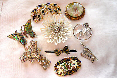 Mixed Job Lot Collection Of Vintage Brooches Pins Various Eras Jewelcraft Tlm