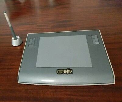 """Wacom Intuos3 6"""" x 8"""" Graphics Tablet with Pen for PC & Mac (USB)"""