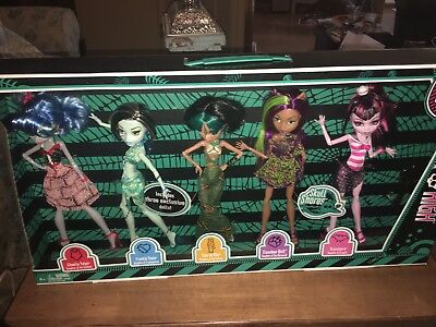 Monster High Skull Shores 5 Pack Ghoulia, Draculaura, Frankie, Cleo, Clawdeen
