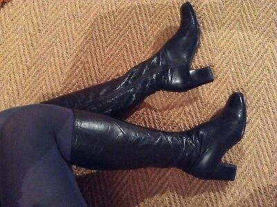 Genuine 1970s Vintage Retro Knee High Boots Black Leather (4)